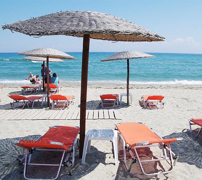 goldensunhotel-beach2